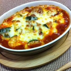 鶏肉とズッキーニのトマトチーズ焼き
