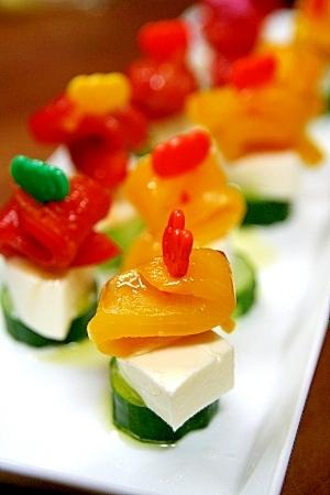焼きパプリカとチーズのピンチョス