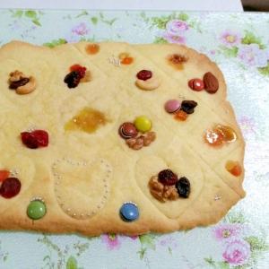 子どもが喜ぶ☆大きなデコレーションクッキー