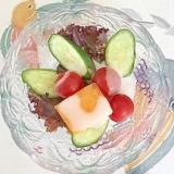 サニーレタス、胡瓜、ミニトマトのサラダ