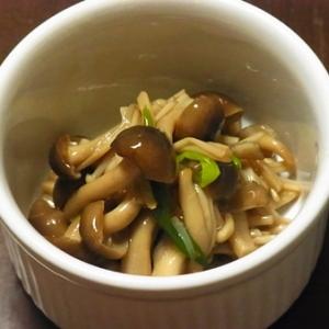 ご飯がすすむヨ(*´∀`*) 3種きのこの甘辛煮。