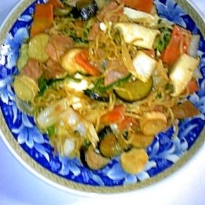 パパッと簡単☆ロースハムの野菜たっぷり焼きそば