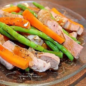 茹で豚と茹で野菜のカキ油がけ