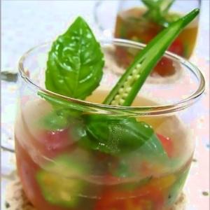 夏野菜のひんやり冷たい冷製ジュレ