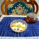 冷凍フルーツとヨーグルト