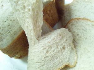 マロンペーストを使って♪HBで簡単マロン食パン