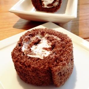 ふわふわチョコロールケーキ