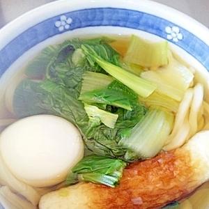 チンゲン菜と玉子で中華風うどん