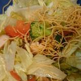 パリパリ麺サラダ