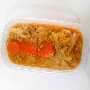 キャベツと挽き肉のトマト煮