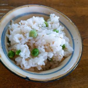 グリーンピースの酢飯