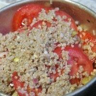 稗とトマトの和サラダ