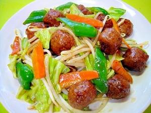 レトルト肉団子入り野菜炒め