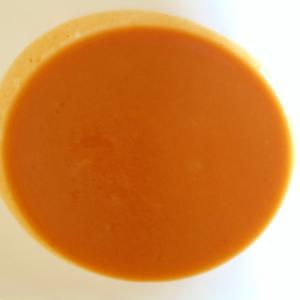 バターナッツかぼちゃとトマトピューレのスープ