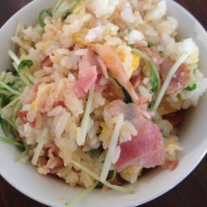 水菜とベーコンのチャーハン
