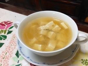 豆腐と春雨のスープ