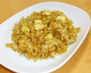 本格印度カレー粉でチーズ・チャーハン