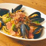 ムール貝とのらぼう菜の和風トマトパスタ