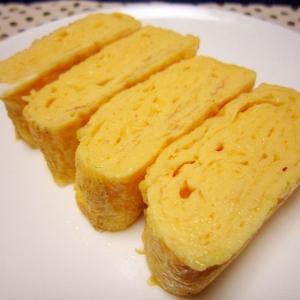 お弁当おかず☆我が家の定番シンプル塩味玉子焼き