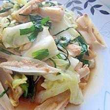 鶏なんこつ(やげん)とキャベツの炒め物