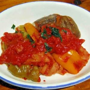 パプリカと車麩のトマト煮