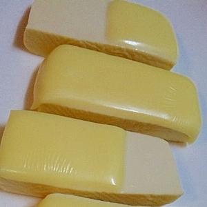 レンジで簡単!塩豆腐のチーズコート