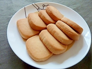 歯ごたえ満点ハチミツクッキー