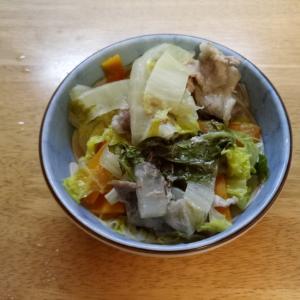 豚肉と白菜の蒸焼き