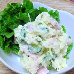 魚肉ソーセージでポテトサラダ