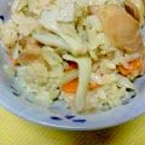 【お肉もバッチリ】鶏肉の照焼きと舞茸で炊き込みご飯