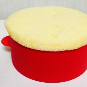 糖質0.4gのシフォンみたいなフワフワ蒸しパン