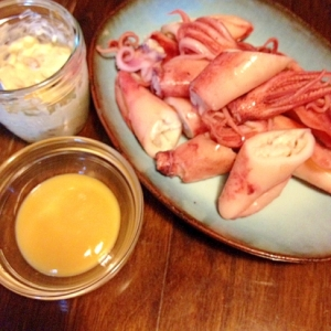 ヤリイカのボイル☆手作り酢味噌&納豆マヨネーズ
