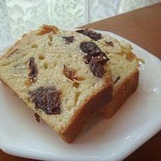 優しい甘さと素朴な味わいのプラムケーキ