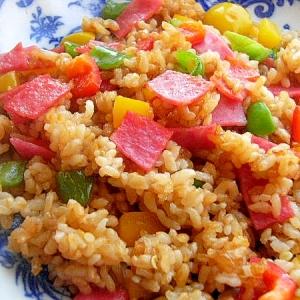 焼肉のタレで❤ピーマン3色の炒飯♪(ビアハム)