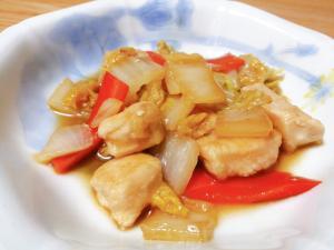 鶏むね肉と白菜と人参のオイスターソース煮