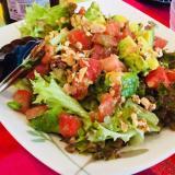 簡単おしゃれ!トマトとアボカドのグリーンサラダ