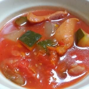 ウインナーとたっぷり野菜のトマト煮
