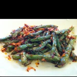 インゲンと干しエビのピリ辛中華炒め