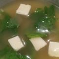 豆腐とキャベツの味噌汁