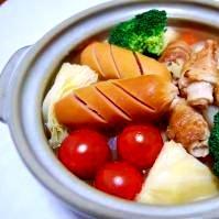 コロコロ豚バラと丸ごとキャベツのスープ煮