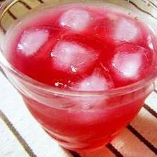 はちみつとりんご酢の紫蘇ジュース