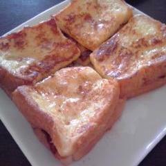 たっぷり卵とハチミツ☆少しリッチなフレンチトースト