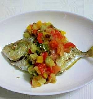 野菜のウマさ凝縮です。青魚のラタトゥイユソース