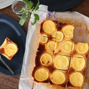 ブレンダーで、ベイクドレモンチーズケーキ