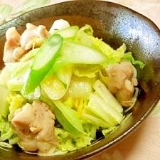 シンプル❤チキンと白菜お葱の塩ニンニク炒め❤