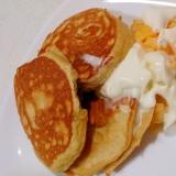 甘い~ホイップクリームと炒り卵の大豆粉ホットケーキ
