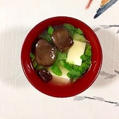 つまみ菜とひらたけのお味噌汁