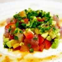 お刺身とお野菜ゴロゴロ♪サラダ