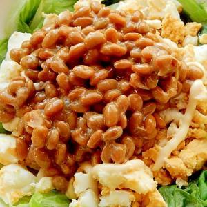 レタス外葉がカギ!まな板なし❤納豆&茹で卵和え♪