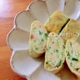 きゅうりと梅干しの卵焼き✿